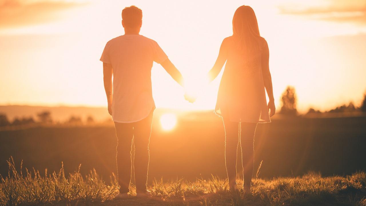 女慣れしている男が恋愛を制する!チャラい行動と言葉で女は惚れる!