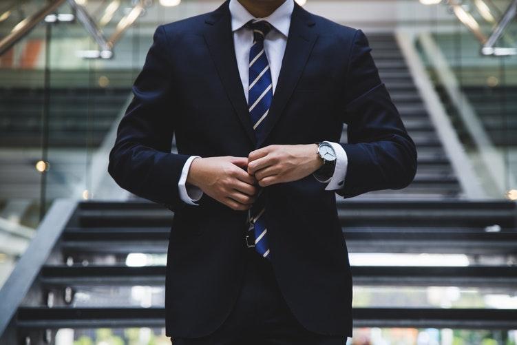 仕事のデキる男が女にモテる理由!職場でモテる社会人男子の特徴とは