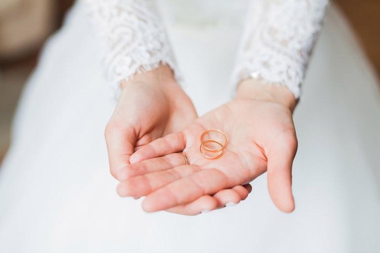 結婚したいけど出来ない女性の特徴と共通点!男性が求める条件とは